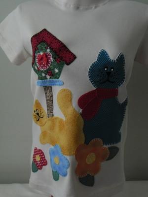 Camiseta -Casa de passarinhos e gatos