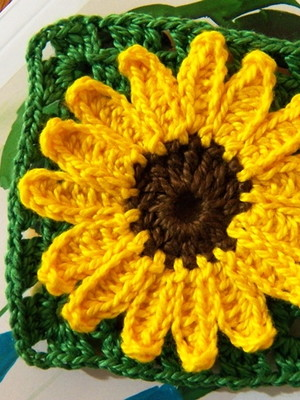 Quadradinho Girassol em crochet