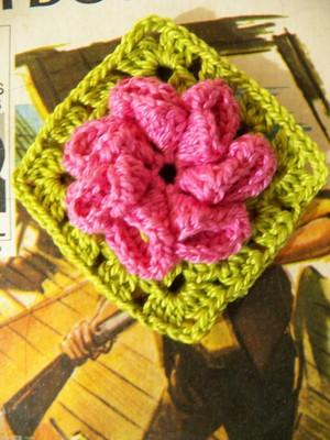 QuadradinhoFlor 3D em crochet