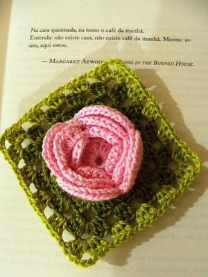 Quadradinho com Roseta em crochet