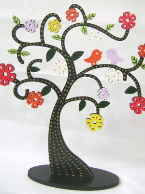 Árvore Em Mdf Decorada