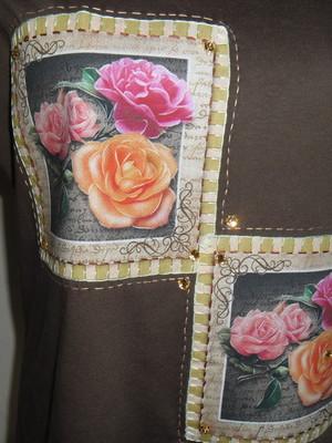 Camiseta Baby look -Rosas