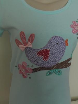 Camiseta -passarinho no galho