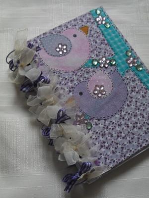 Caderneta decorada : passarinhos
