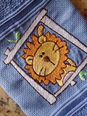 Toalha de Lavabo - Quadrinho Leão