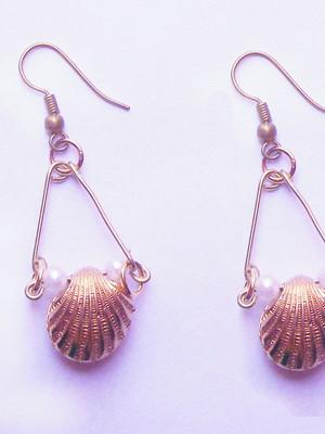 Brinco Pearls and shells
