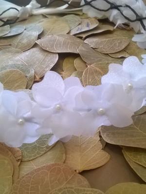 Grinalda Guirlanda noiva flores pérolas
