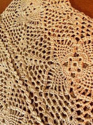 Coletinho Pineapple em crochet -Esgotado