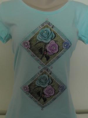 Camiseta - arranjo de rosas