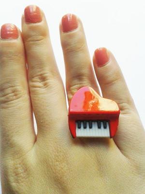 Anel Piano Plastic