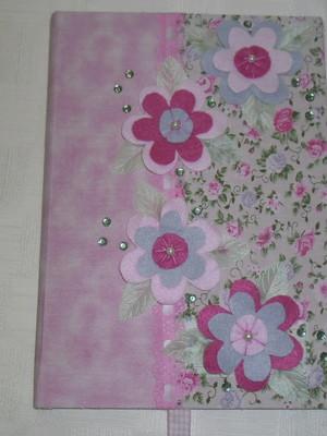 Caderno Decorado - Florzinhas