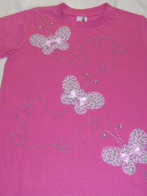 Camiseta Infantil - borboletas em fuga