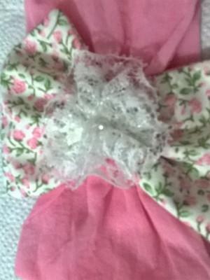 Tiara meia de seda - laço e flor branca