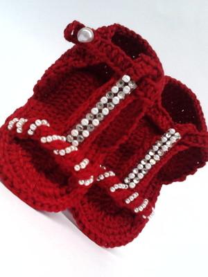 A251 Sandalinha croche vermelha menina
