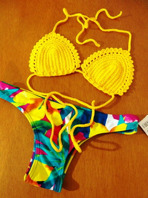 Bikini Citrino em crochet