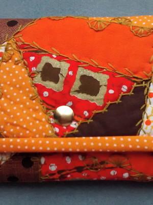 Carteira crazy patchwork