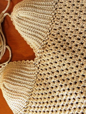 Cropped Nude em crochet