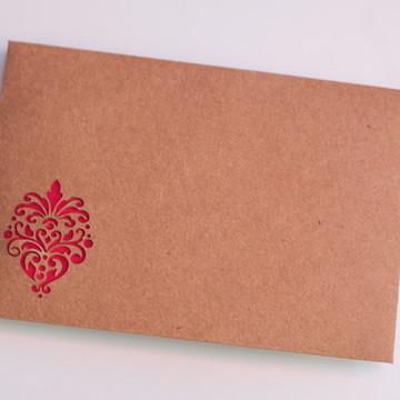 Envelope 15,5x21,5cm com desenho vazado