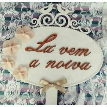 Placa Lá vem a noiva / Enfim Casados MDF