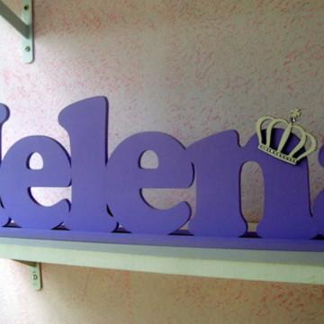 Helena com coroa 15 cm de alt. 1ª letra