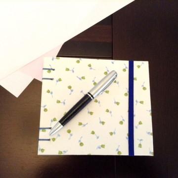 Caderno espiral florzinha