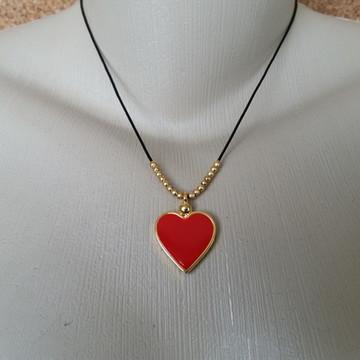 Colar couro com Coração vermelho