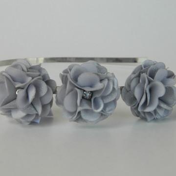 Tiara Prata 3 Flores Ano Novo