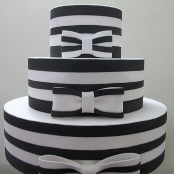 bolo fake preto e branco