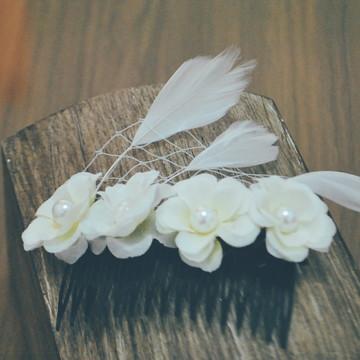 Broche Bridal