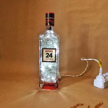 Luminária de garrafa Beefeater 24