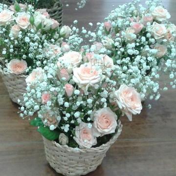 Arranjo floral em cachepo