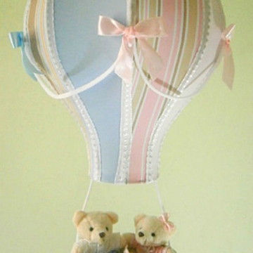 Lustre infantil balão pendente gêmeos casal