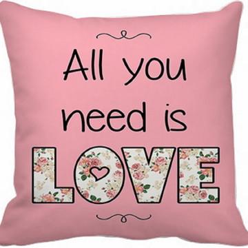 Capa Almofada All you need is love
