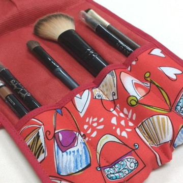 Porta pincéis e lápis para maquiagem