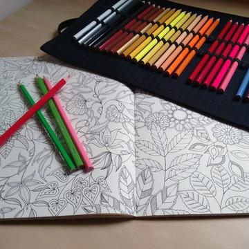 Estojo de Rolinho - 24 lápis