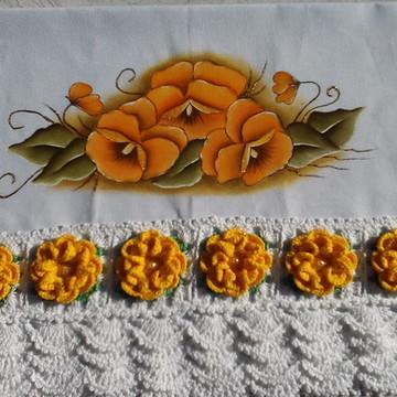 Pano de prato de flores amarela.