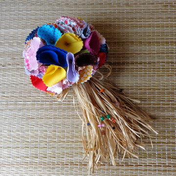 Buquê Flores Coloridas