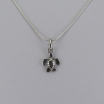 Gargantilha de prata tartaruguinha