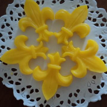 Sabonete mini flor de liz