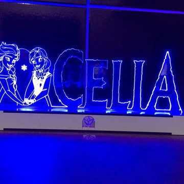 Luminária mesa Frozen com LED Personalizada