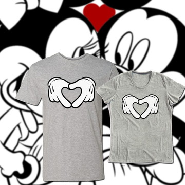 Camiseta Mickey e Minnie Romanticos