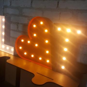 Luminárias Letras + Coração