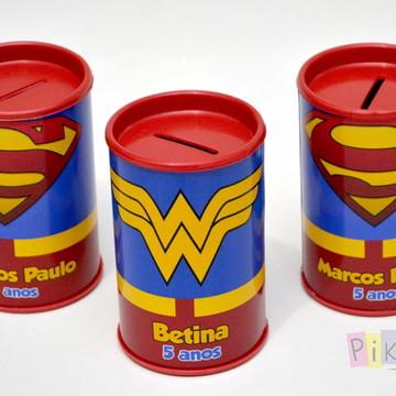 Cofrinho Mulher Maravilha e Super Man