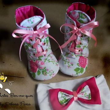 Bota cano alto de tecido para bebê