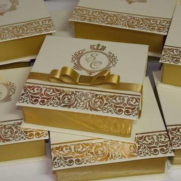 Caixa Convite em Hot Stamping 14x14x4 Debutante,Casamento,Pa
