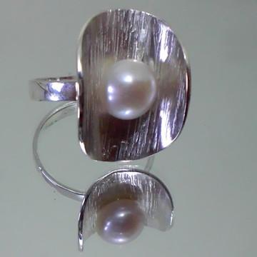 anel em prata 950 com perola cultivada