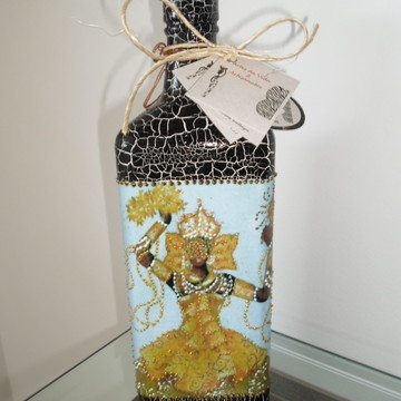 Garrafa em craquelê decorada Oxum