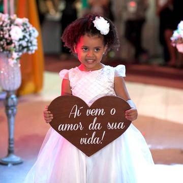 Placa coração Aí vem o amor da sua vida!