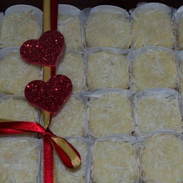 Beijinho Gourmet- 24 uni Caixa presente