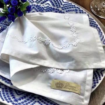 Guardanapo com detalhe flor de guipir